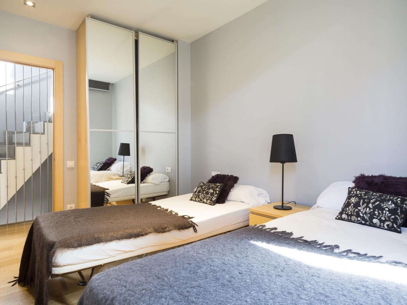 Private Terrace and Swimming Pool Apartment - My Space Barcelona Mieszkanie