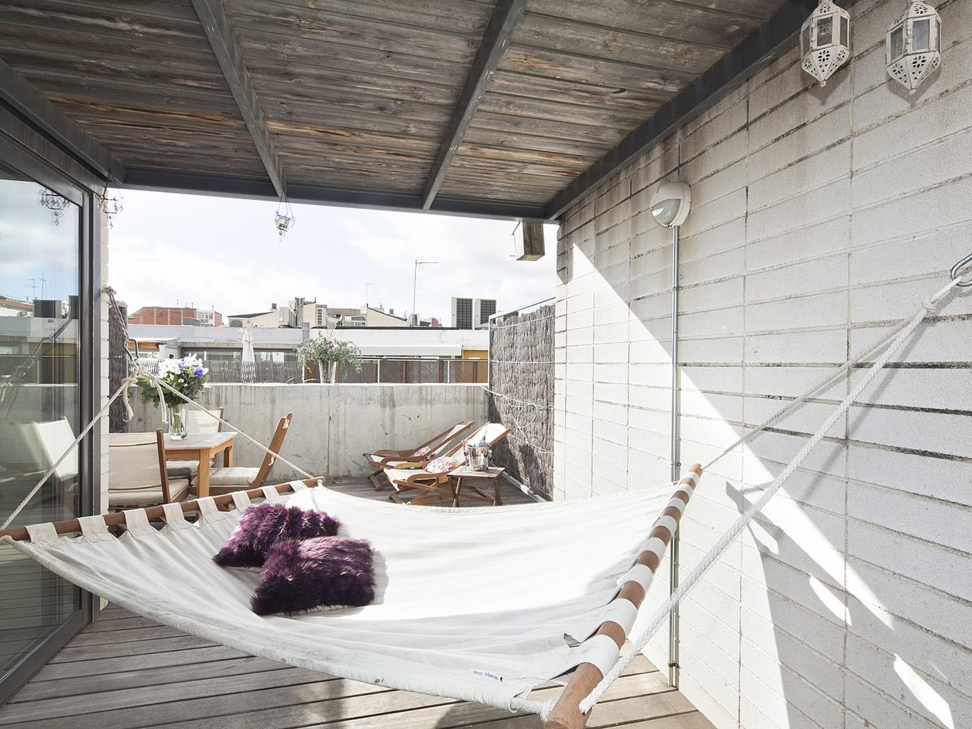 Attic with roof terrace II - My Space Barcelona Mieszkanie
